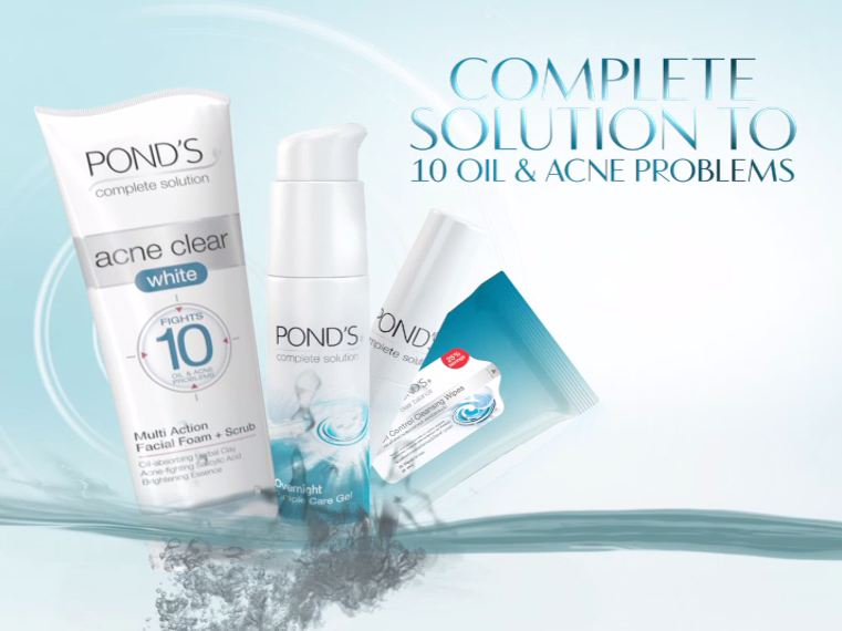 Pond's Acne Clear White Range